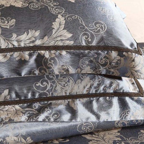 bedding5 600x600 - Luxury Blue Comforter Bed Set - 5Pcs
