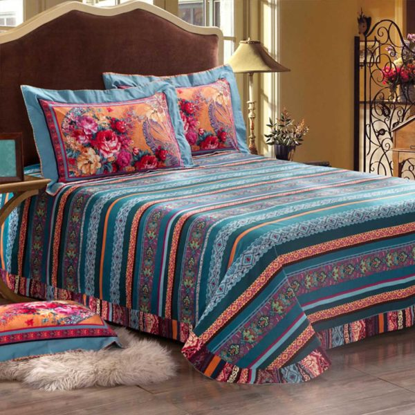 Blooming Design Luxury Comforter Set
