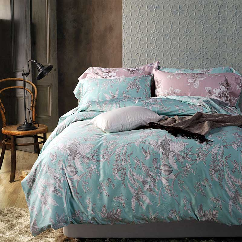 Blue Luxury Bedding Sets - Queen Size