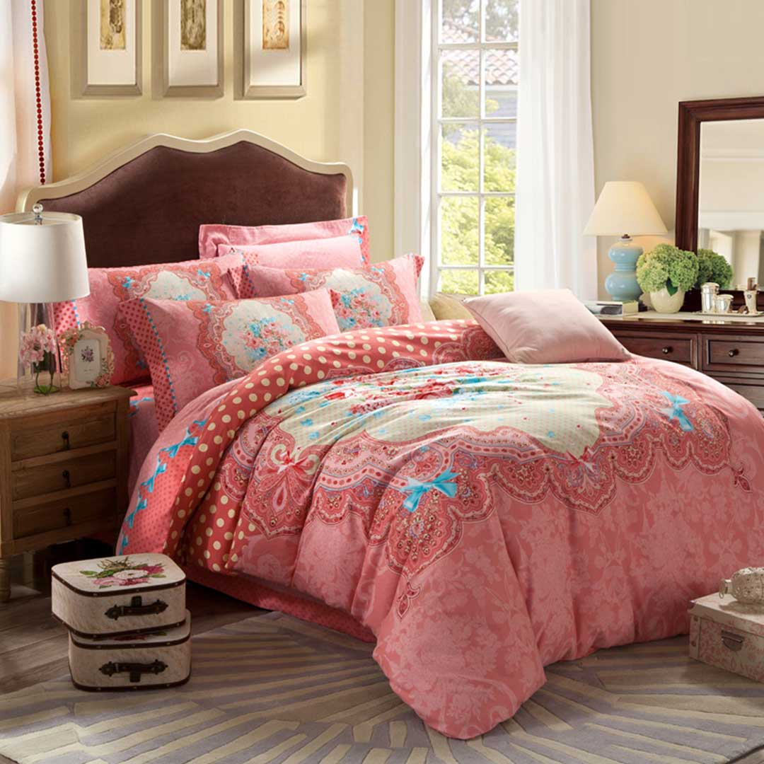 Pink Floral Design Full Bed Sets