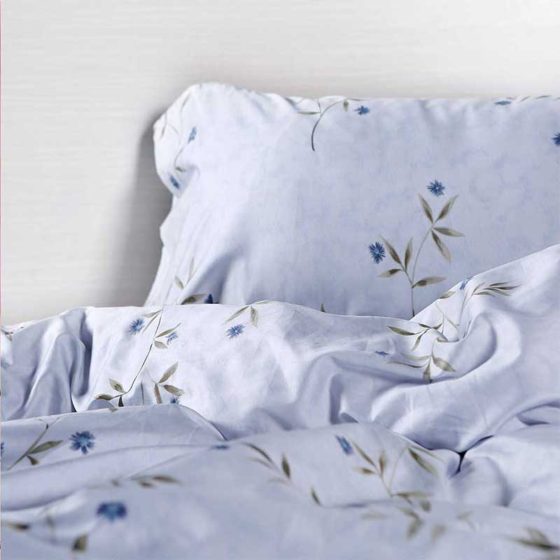 Single Flower Print Comforter Sets
