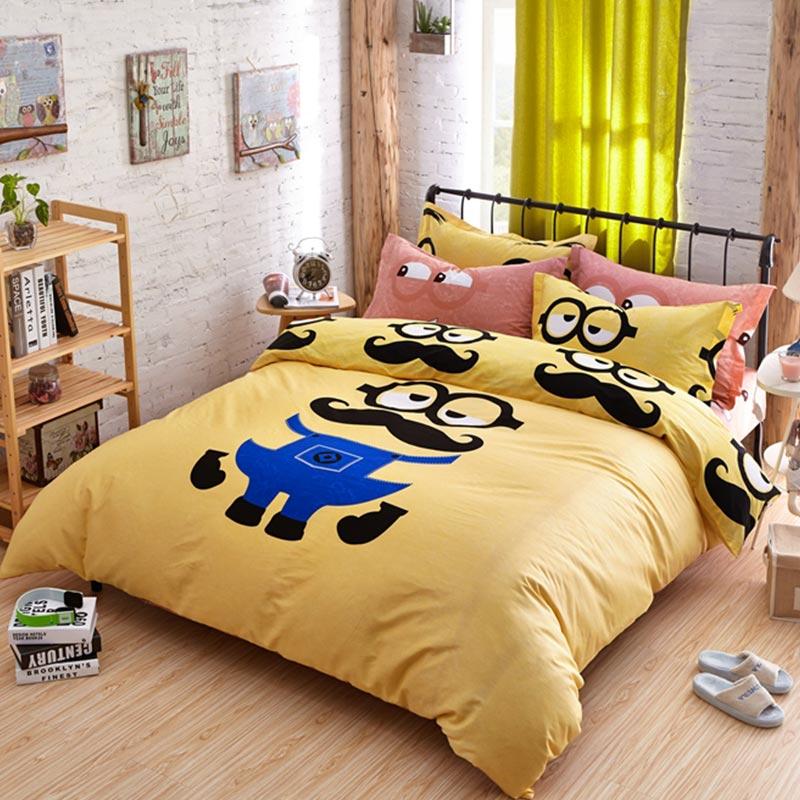 Minion Queen size bedding set