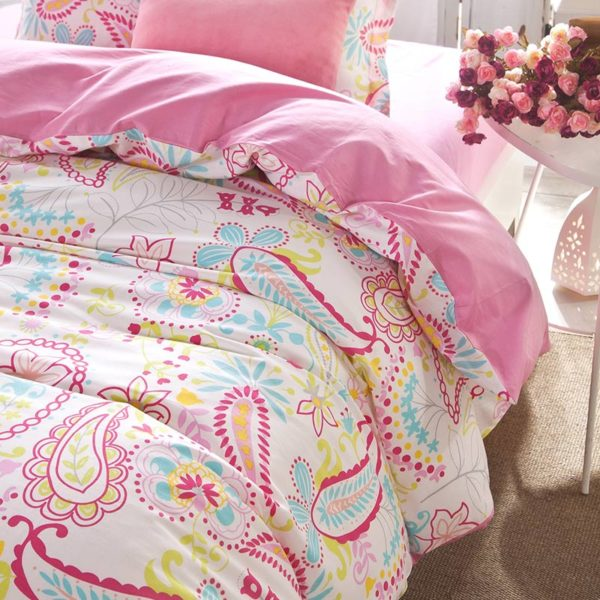 Bright Pink and White Paisley Cotton Bedding Set 3