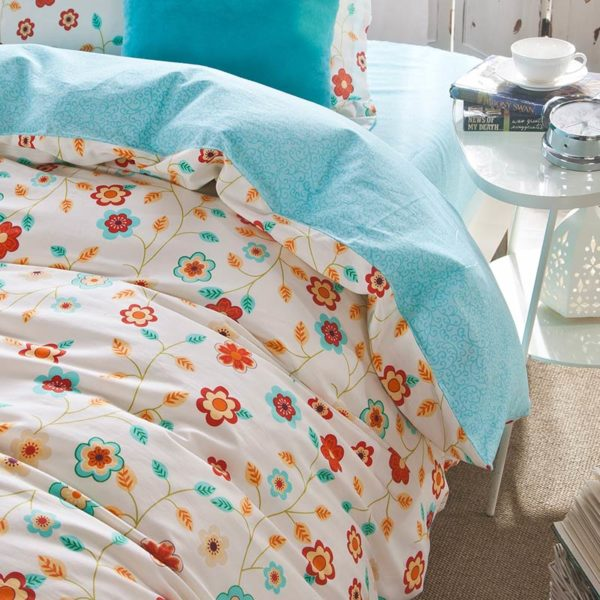 Bright and beautiful Floral Cotton Bedding Set 3