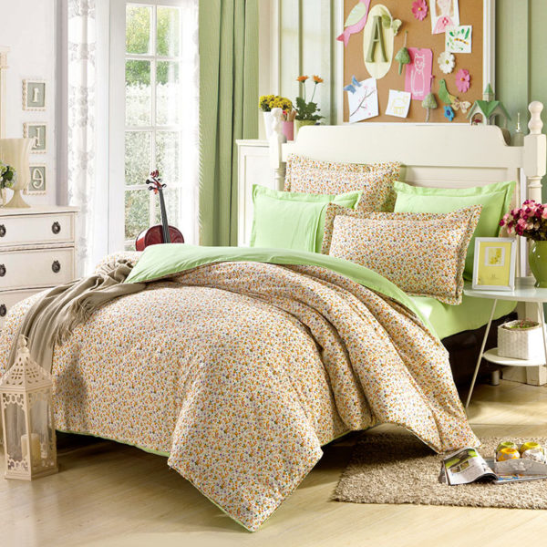 Chic White And Light Green Cotton Bedding Set 1