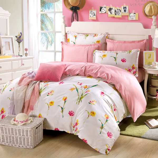 Delicate Pink And White Floral Cotton Bedding Set 2