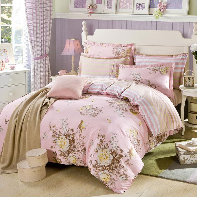 Delightful Stripes And Flower Cotton Bedding Set