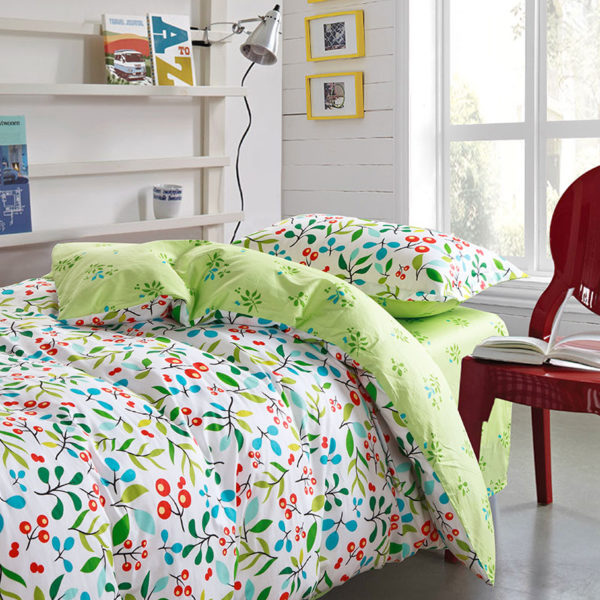 Enthralling sea green and cherry pattern Cotton Bedding Set 2