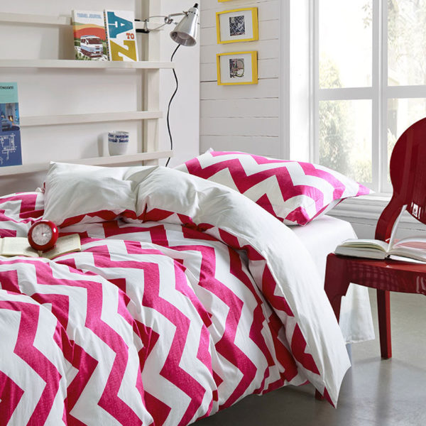 Pink and White Abstract Cotton Bedding Set