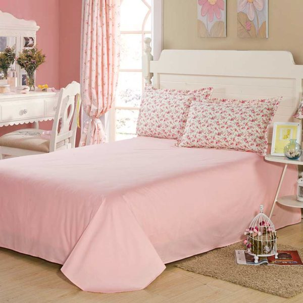 Subtle White And Pink Floral Cotton Bedding Set 5 600x600 - Subtle White And Pink Floral Cotton  Bedding Set