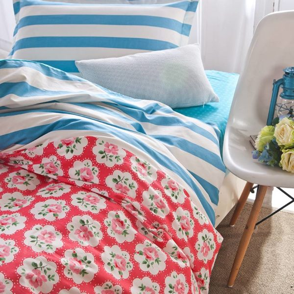 Sultry Red and Blue Floral Cotton Bedding Set 2