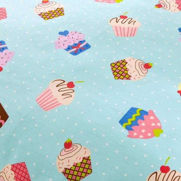 Trendy Muffin Themed Cotton Bedding Set 4