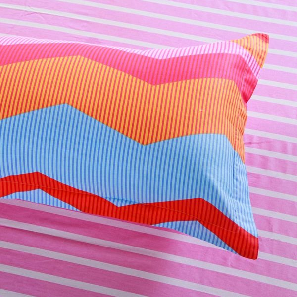 Ultra cool Multicolor Pink and Blue Cotton Bedding Set 3 600x600 - Ultra cool Multicolor Pink and Blue Cotton  Bedding Set