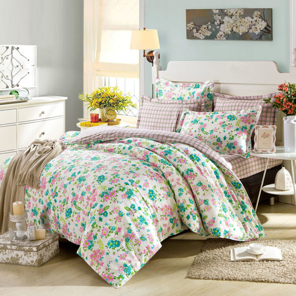 Ultra cool White Floral Cotton Bedding Set 1 600x600 - Ultra cool White Floral  Cotton  Bedding Set
