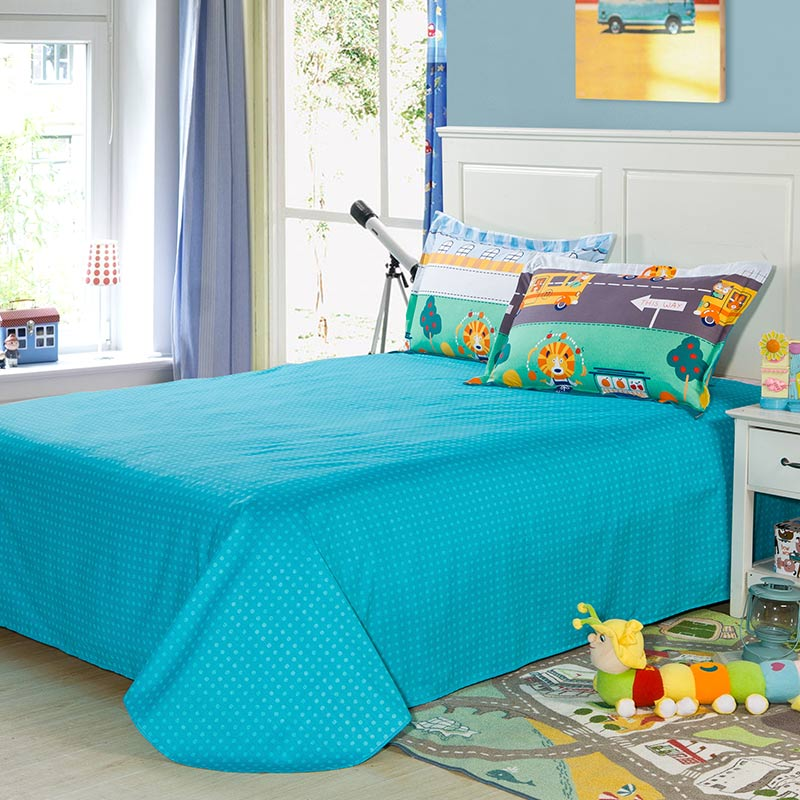 Train Themed Bedroom: Colorful Train Themed Cotton Bedding Set