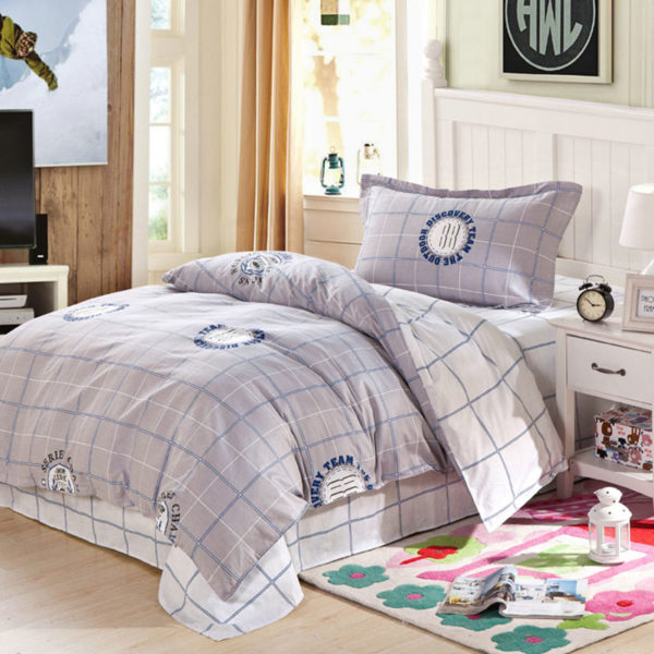 Awesome Light Grey and White Cotton Bedding Set 1