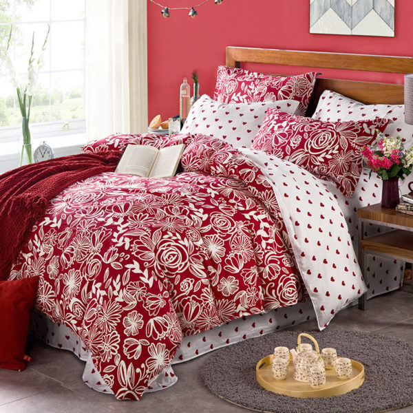 Bright Maroon Floral Cotton Bedding Set 1 600x600 - Bright Maroon Floral Cotton Bedding Set