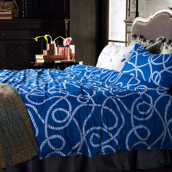 Classic Blue and White Cotton Bedding Set 1 600x600 - Classic Blue and White Cotton Bedding Set