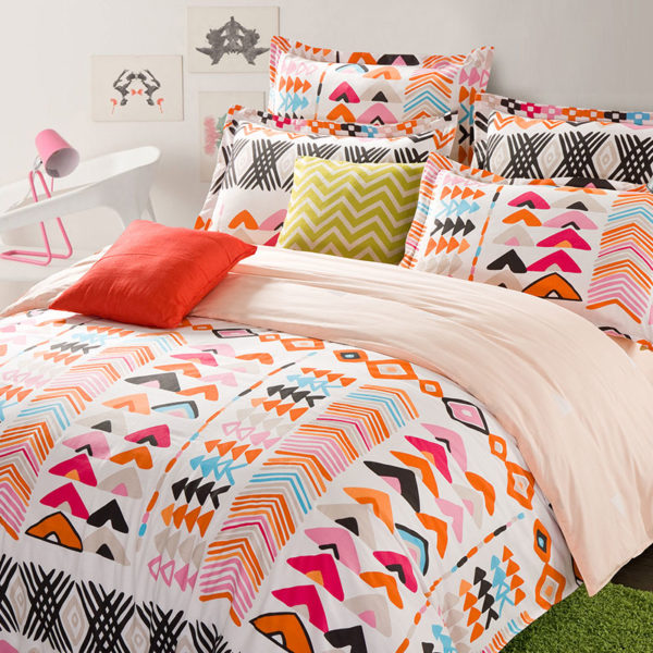 Colorful Aztec Cotton Bedding Set 1 600x600 - Colorful Aztec Cotton  Bedding Set