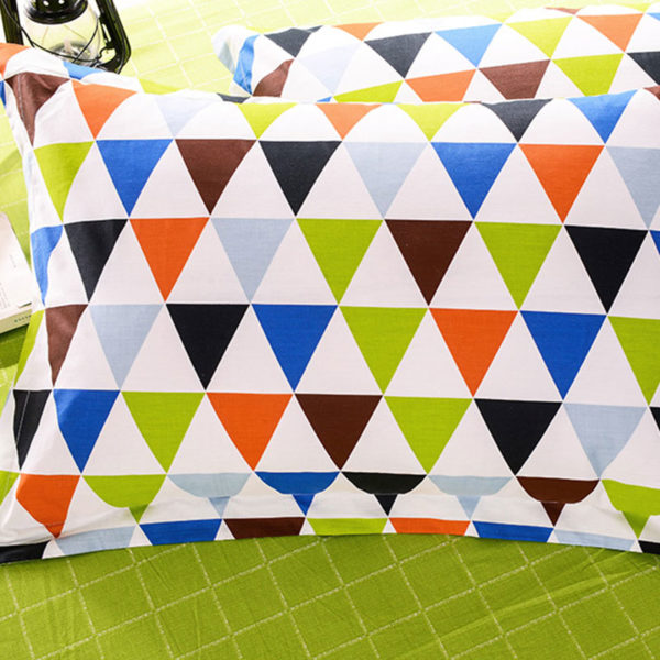 Colorful and Classic Cotton Bedding Set 3