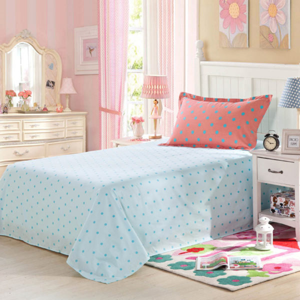 Elegant Light Blue and Red polka dots Cotton Bedding Set 2