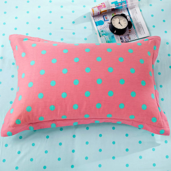 Elegant Light Blue and Red polka dots Cotton Bedding Set 3