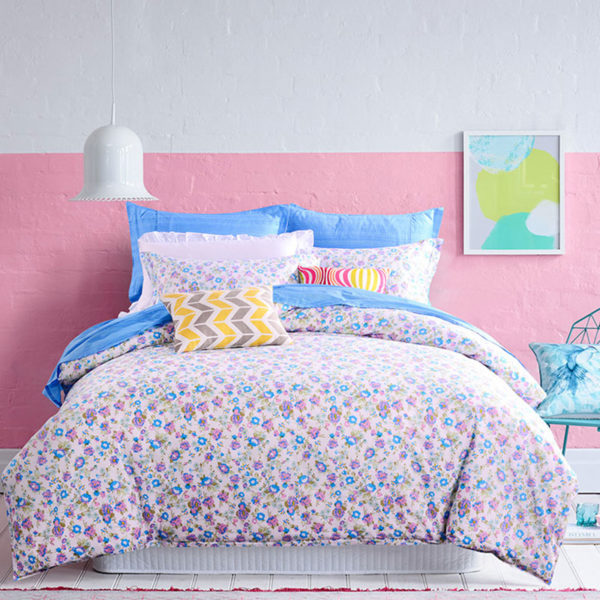 Floral Cotton Bedding Set In Azure And White 1