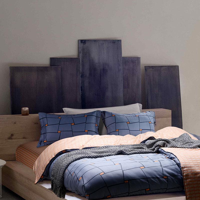 geometrical blue and orange cotton bedding set. Black Bedroom Furniture Sets. Home Design Ideas