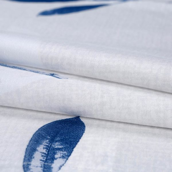 Glamorous White And Blue Cotton Bedding Set