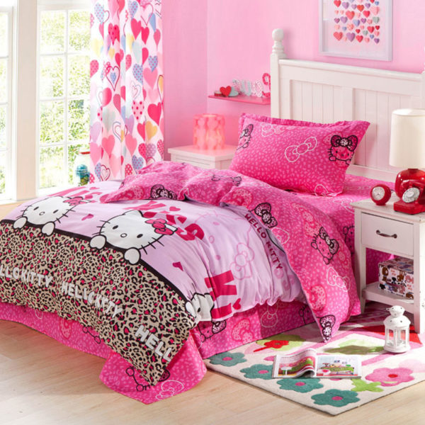 Hello Kitty Themed Pink Bedding Set 1 600x600 - Hello Kitty Themed Pink Bedding Set
