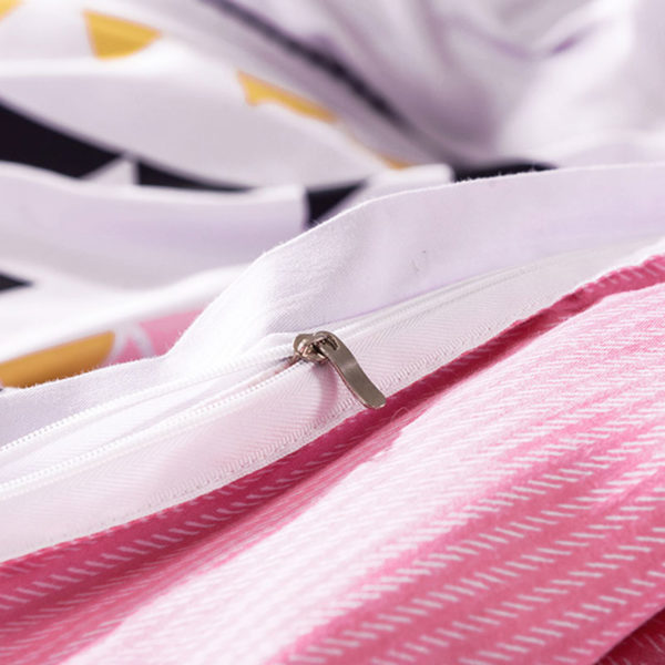 Offbeat White Cotton Bedding Set 4 600x600 - Offbeat White Cotton Bedding Set