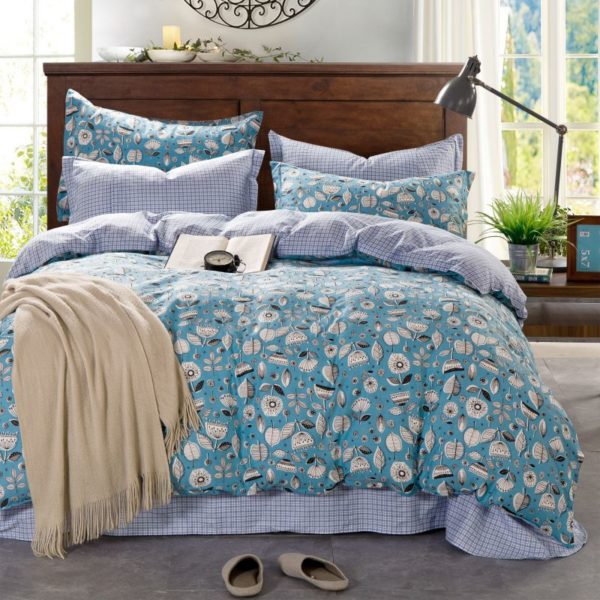 Pretty Light Blue Flower Themed Bedding Set In Blue And Pink 5 600x600 - Pretty Light Blue Flower Themed Bedding Set In Blue And Pink