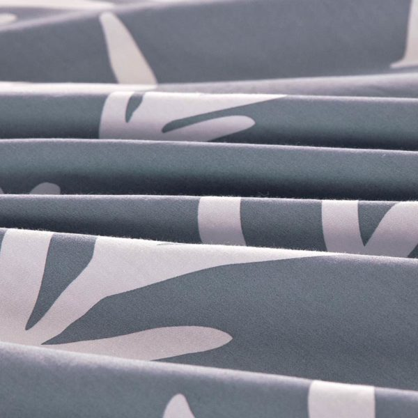 Soothing Light Grey Cotton Bedding Set 5 600x600 - Soothing Light Grey Cotton Bedding Set