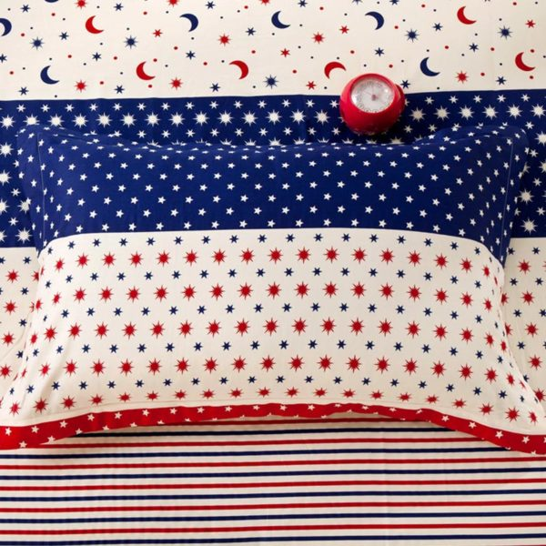 Star and Moon themed Blue and Red Cotton Bedding Set 2