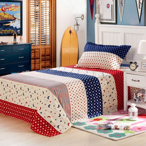 Star and Moon themed Blue and Red Cotton Bedding Set 4