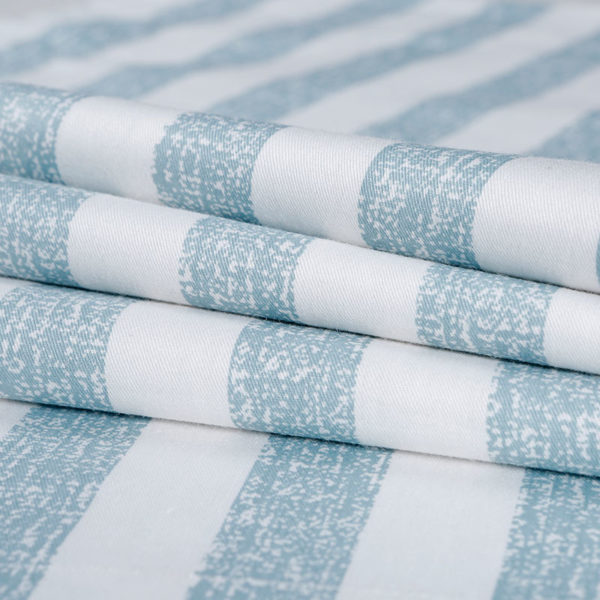 Stylish Blue And White Checks Cotton Bedding Set 3 600x600 - Stylish  Blue And White Checks Cotton Bedding Set