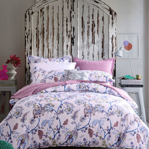 Trendy Pink And White Cotton Bedding Set 1