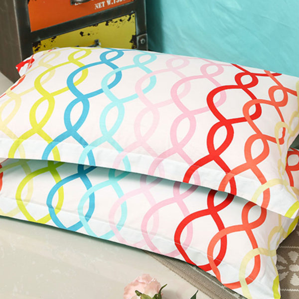 Trendy and Colorful Cotton Bedding Set 3 600x600 - Trendy and Colorful Cotton Bedding Set