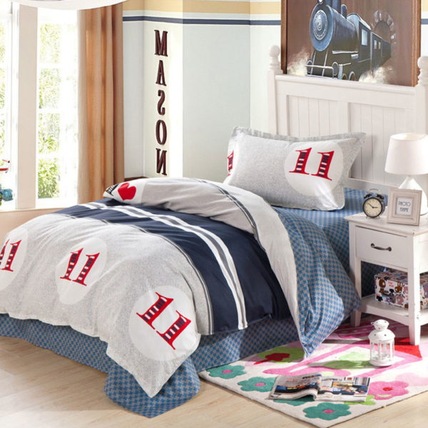 Ultra cool White and Blue Cotton Bedding Set 1