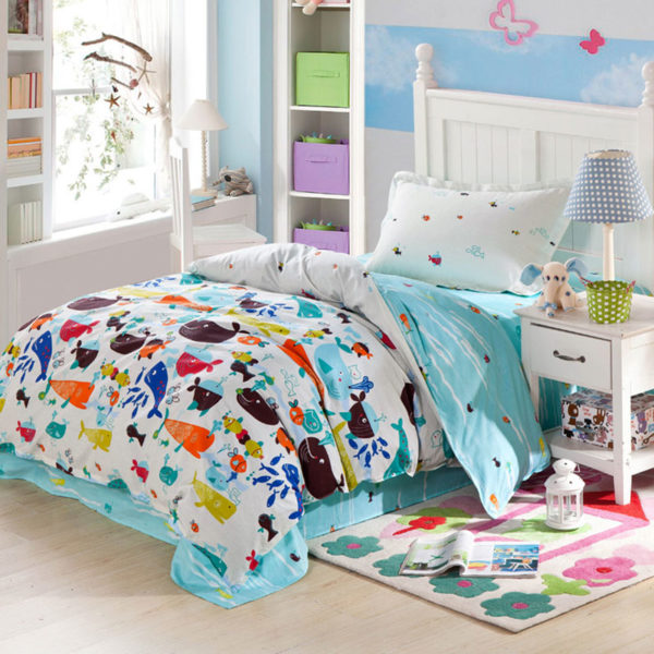Vibrant Ocean themed Light Blue Cotton Bedding Set 1 600x600 - Vibrant Ocean themed Light Blue Cotton Bedding Set