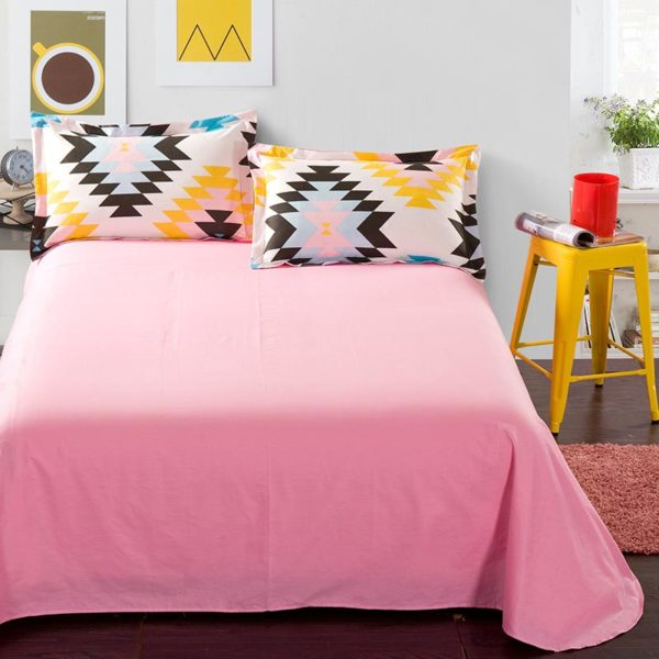 Vibrant White And Pink Cotton Bedding Set 4 600x600 - Vibrant White And Pink Cotton Bedding Set