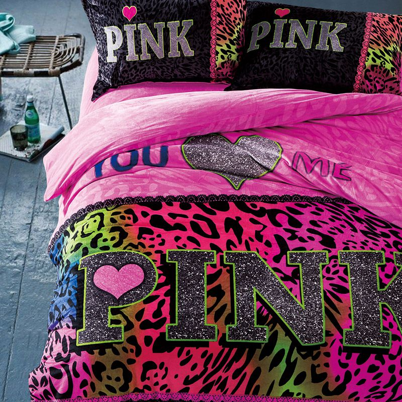 Victoria's Secret Pink Bedding Sets. Are you looking to buy cost-effective and soft Victoria Secret bed sets? Our site sells authentic and affordable bedding sets from this brand including a comforter, fitted sheet, flat sheet, and pillow case.