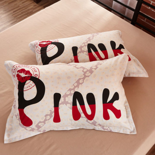 Victorias Secret Sexy Pink Bed in a Bag Model 5 Queen 4 600x600 - Victoria's Secret Sexy Pink Bed in a Bag Model 5 - Queen
