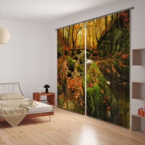 Beautiful Autumn Themed Curtain Set