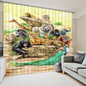 Delightful Wildlife Themed Curtain Set