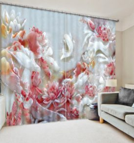 Brilliant White And Red Flowers Curtain Set