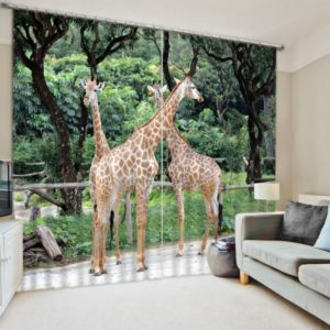 Exquisite Giraffe Picture Curtain Set