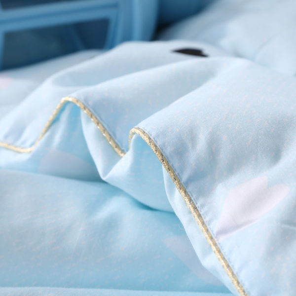 100 Cotton High Quality Microfiber Comforter Model 5 4 600x600 - 100% Cotton High Quality Microfiber Comforter - Model 5