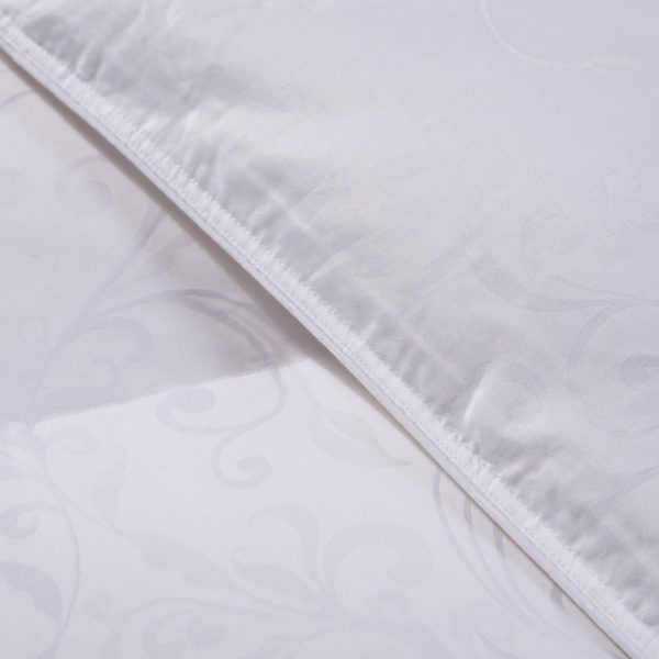 100 Cotton Satin Jacquard Duck Down Comforter Model 1 2 600x600 - High Quality Polyester White Duck Down Comforter - Model 1