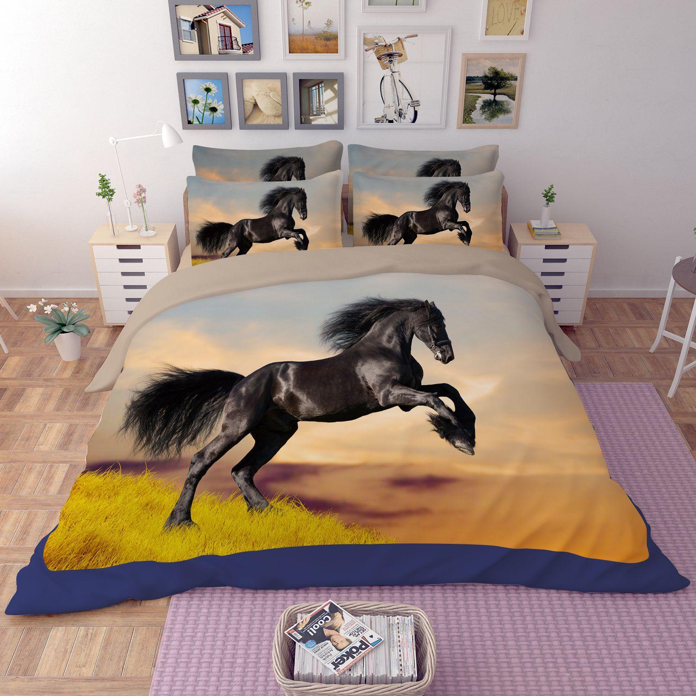 Black Draught Horse on Grass Bedding Set | EBeddingSets